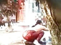 مردی دختری را با جوراب سفید روی یک خروس بزرگ کشید و سرسختانه آلت تناسلی را در تخم مرغ تخم مقعد خود در گلدان و الاغ عکس سکسی انجمن خود کاشت