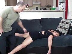 جسی اندروز مرد خود را سکس کیر توکون اغوا می کند